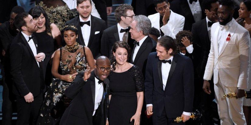 Creative Crack: #OscarsSoWhite